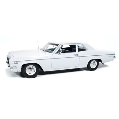 1:18-Scale 1966 Chevy Bel Air 427 Diecast With Moving Parts by