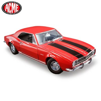 1:18 Scale 1967 Chevrolet Camaro Z/28 Diecast Car by