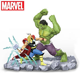 HULK vs. Thor Sculpture