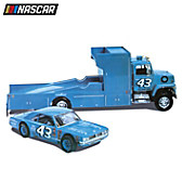 Richard Petty Race Team Model Car Kit