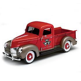 1:25-Scale 1940 Ford Massey Ferguson Diecast Truck
