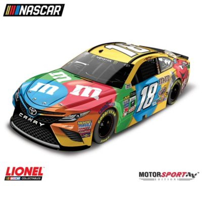1:24-Scale Kyle Busch No. 4 2017 Diecast Car Collection by