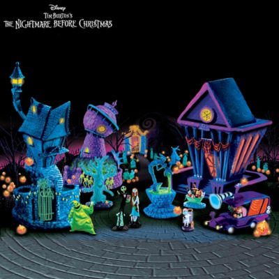 Nightmare Before Christmas Black Light Village And Figurines by