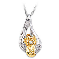 On Angels\' Wings Diamond Pendant Necklace