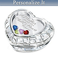 A Mother Holds Her Child\'s Heart Personalized Music Box