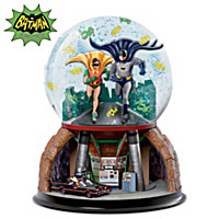 TO THE BATMOBILE Glitter Globe