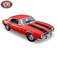 1:18 Scale 1967 Chevrolet Camaro Z\/28 Diecast Car