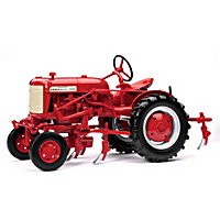 Farmall Cub With Cultivator Diecast Tractor