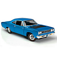 1:18-Scale 1968 Plymouth Road Runner Diecast Car