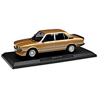 1:18-Scale 1980 BMW M535i Diecast Car