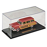 1:43-Scale 1953 Ford Country Squire Figurine