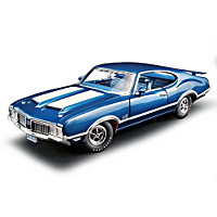 1:18-Scale 1970 Oldsmobile 442 W-30 Diecast Car