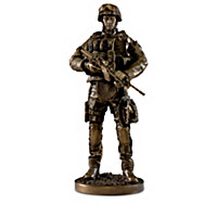 A Hero\'s Fighting Spirit Sculpture Collection
