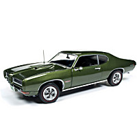 """American Muscle Class Of 1968"" 1:18-Scale Diecast Cars"