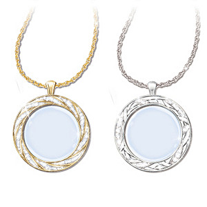 """""""Visions Of Beauty"""" Magnifying Glass Pendant Necklace Set"""