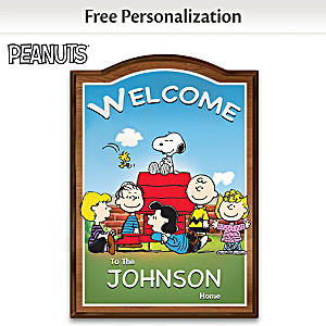 PEANUTS Indoor Welcome Sign Personalized With Family Name
