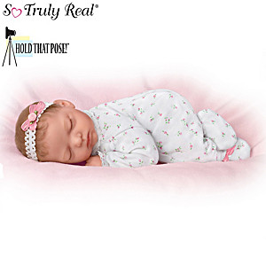 "Marita Winters ""Snuggle Close Sadie"" Poseable Baby Doll"