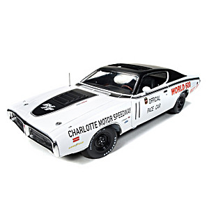 1:18-Scale 1971 Dodge Charger R/T World 600 Pace Diecast Car