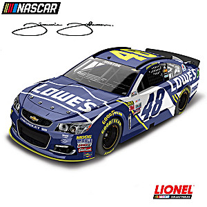 Jimmie Johnson No. 48 Lowe's 2017 1:24-Scale Diecast Car