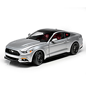 "1:18-Scale ""2017 Ford Mustang GT"" Precision Diecast Car"