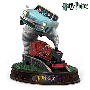 HARRY POTTER Flying Anglia Figurine With HOGWARTS Express