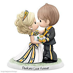 Precious Moments Packers Love Forever Porcelain Figurine