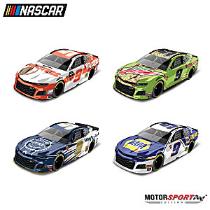 Chase Elliott 2019 1:64-Scale Diecast Car Set With Display