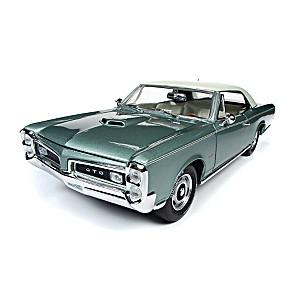 1:18-Scale 1966 Pontiac GTO Diecast With Ivory Cordova Top