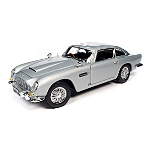 James Bond 1965 Aston Martin DB5 Coupe Diecast Car