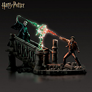 "HARRY POTTER ""Battle Of HOGWARTS"" Illuminated Sculpture"