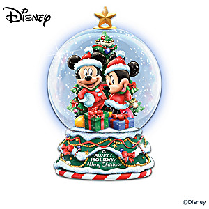Disney Holiday Snowglobes And Display With 30+ Characters