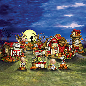 PEANUTS Lighted Halloween Village Collection With Figurines