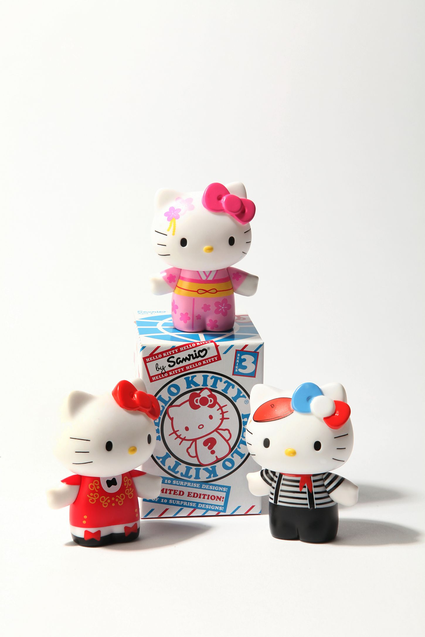 Series 3 Hello Kitty Blindbox Figures Urban Outfitters