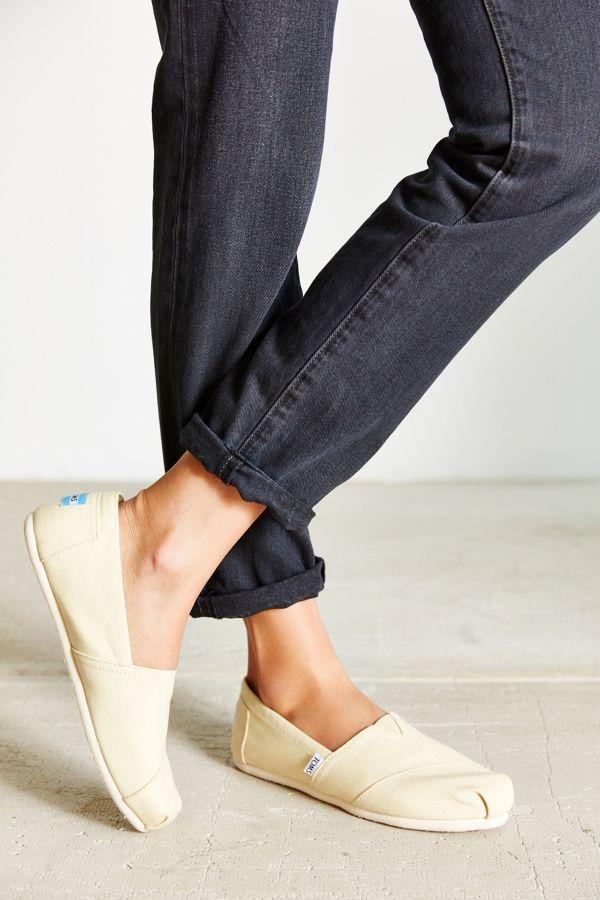 fcac57ce4048 TOMS Canvas Women s Classics Slip-On Shoe