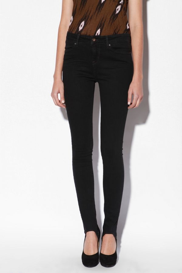2701cdbecde55 Levi's High Rise Denim Stirrup Legging | Urban Outfitters