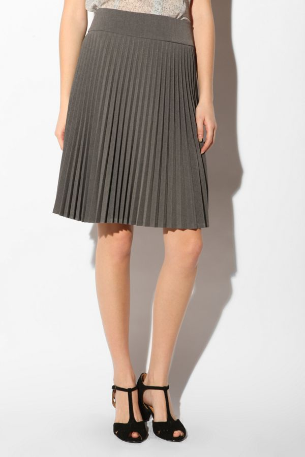 0516a0b1c0c4 Pins and Needles Pleated Knee-Length Skirt | Urban Outfitters Canada