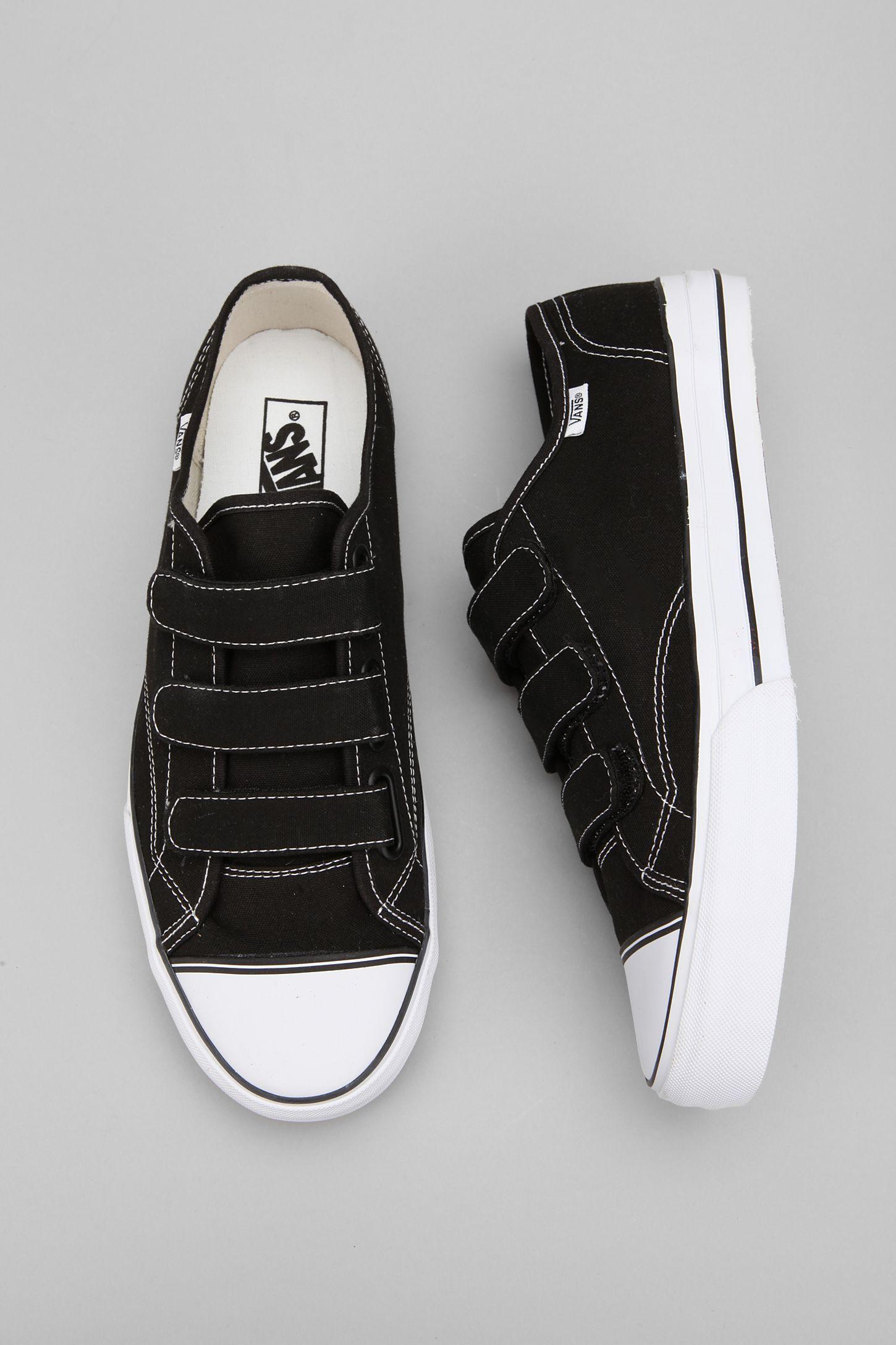 ae2f26aa85 Vans Prison Issue  23 Sneaker