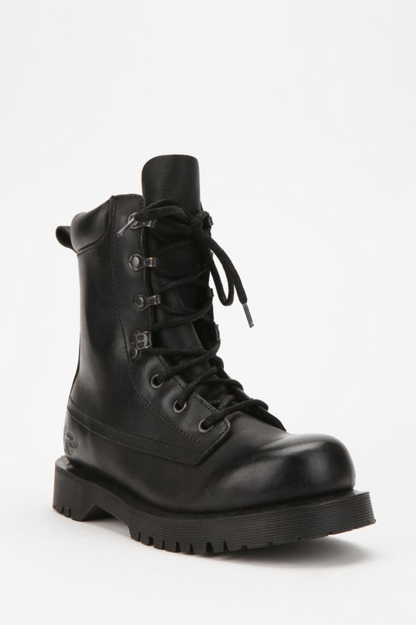 doc martens paratrooper boots
