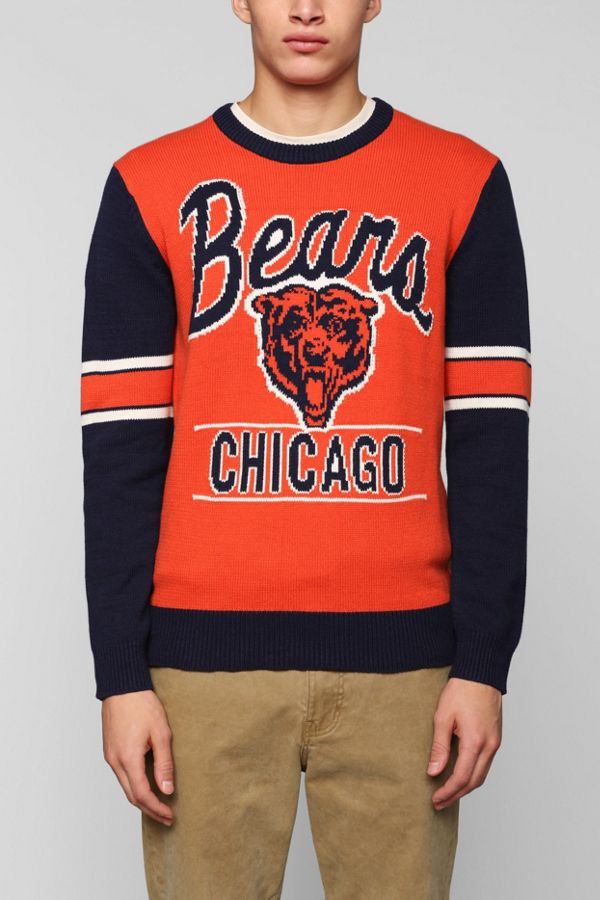 more photos d60f3 a92d9 NFL Bears Sweater | Urban Outfitters