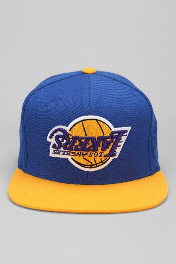 9b62f88b53550 Hall Of Fame X Mitchell   Ness Lakers Upside-Down Snapback Hat ...