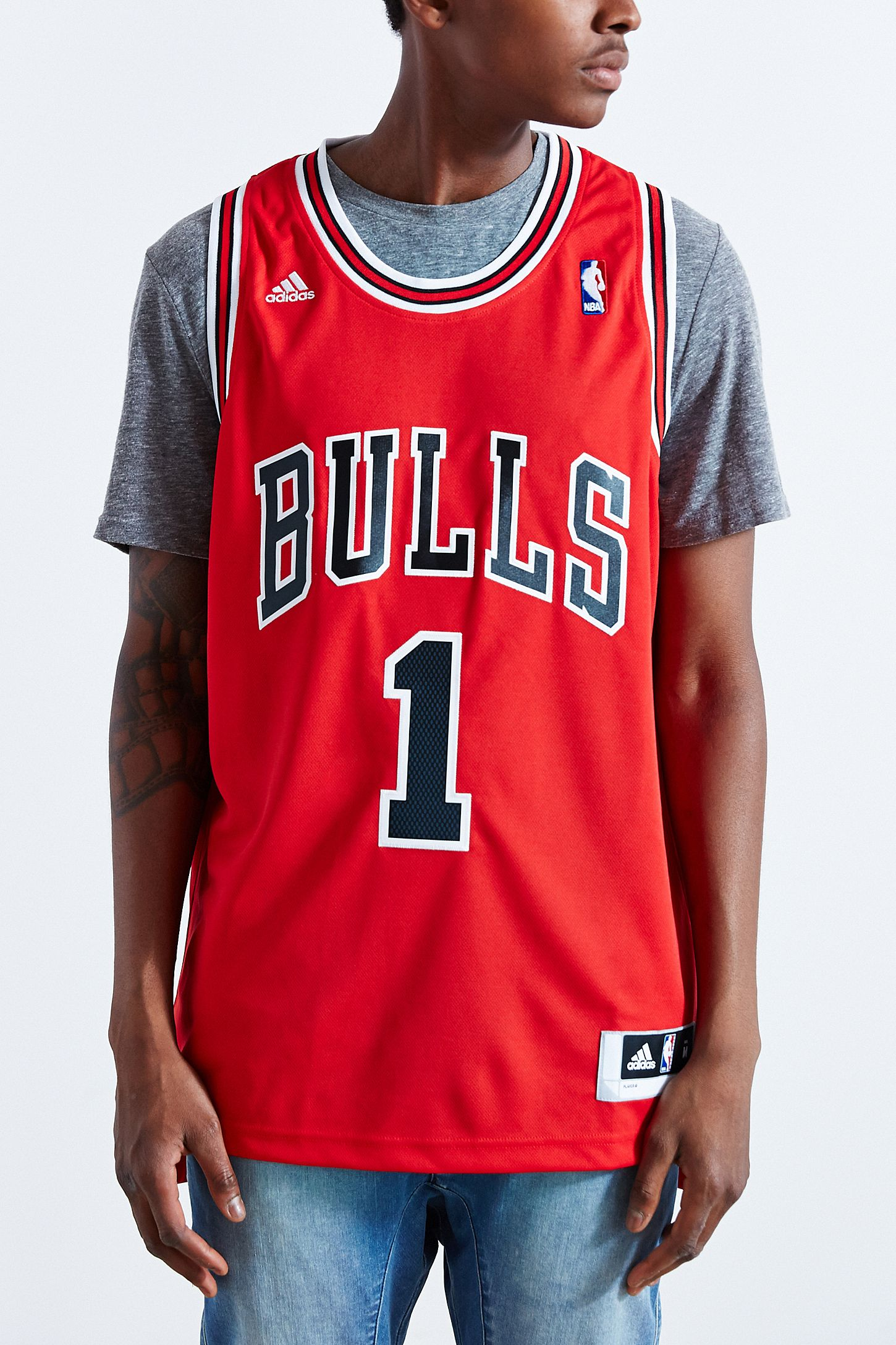 the best attitude 11c91 18781 adidas Chicago Bulls Derrick Rose Jersey | Urban Outfitters ...