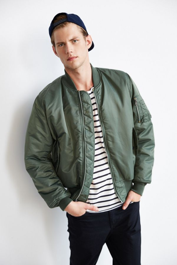 a9f0dc176 Alpha Industries Classic MA1 Bomber Jacket | Urban Outfitters