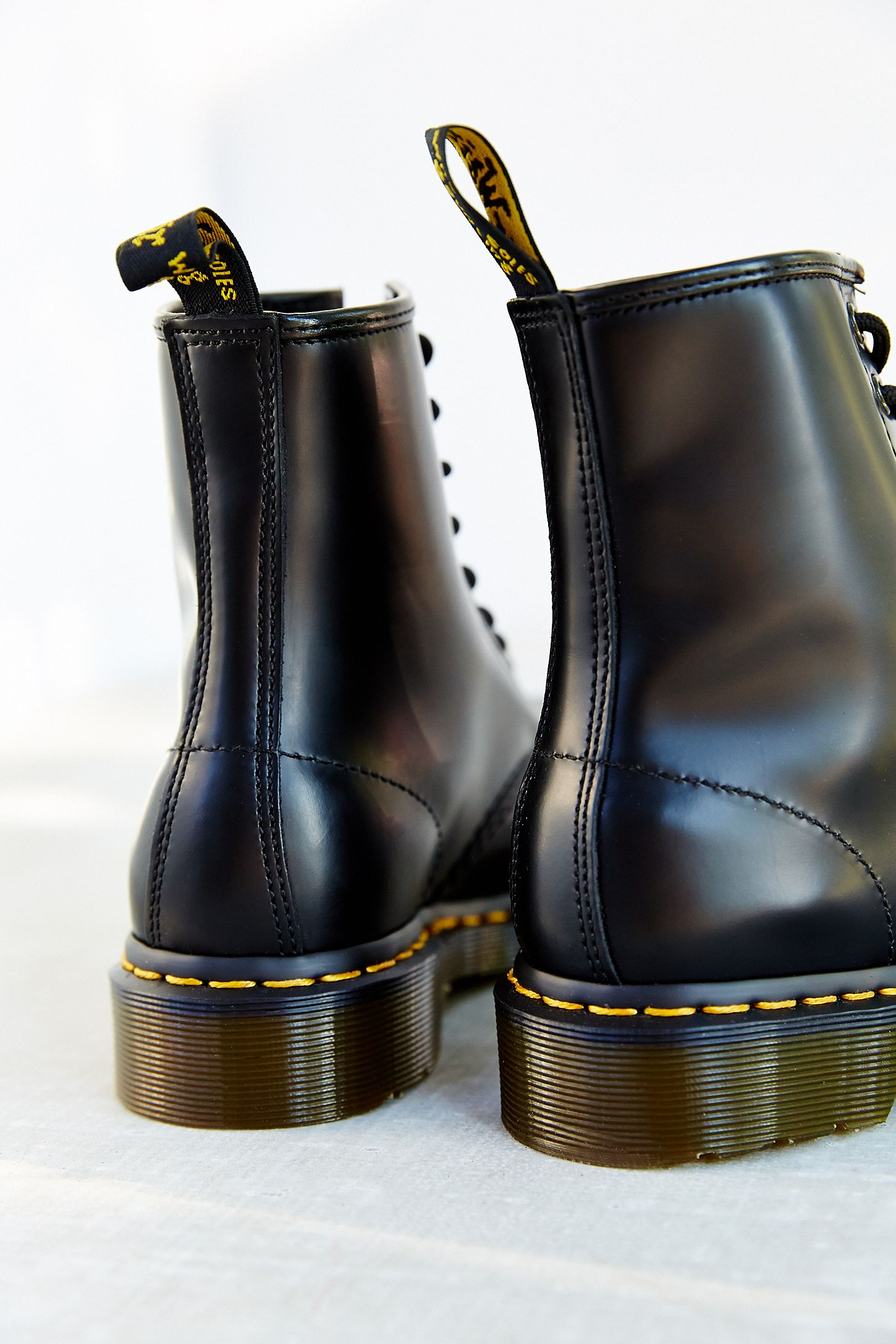 7d6a7987539 Slide View  6  Dr. Martens 1460 Smooth Boot
