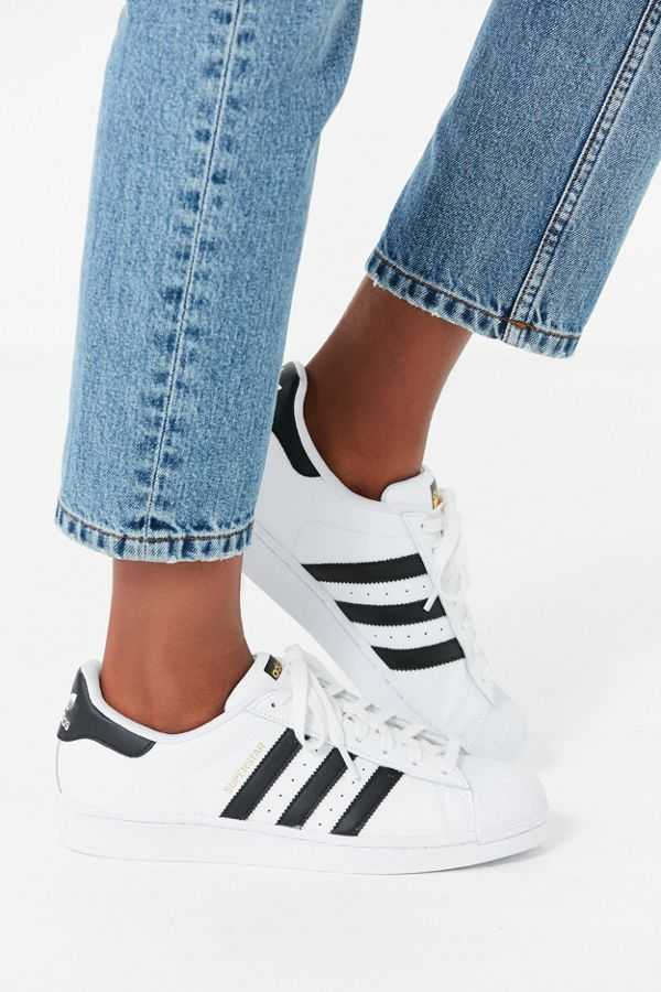 eebf2f53032 Slide View  2  adidas Originals Superstar Sneaker