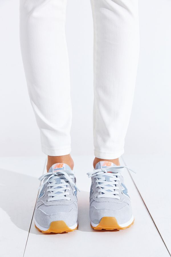 wholesale dealer 889a3 26dbb New Balance 696 Capsule Running Sneaker | Urban Outfitters