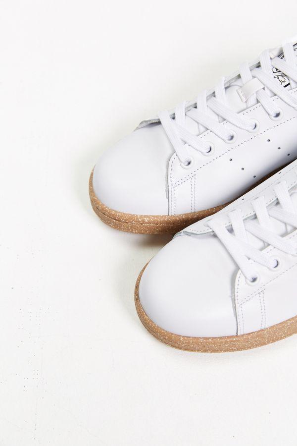 super popular 42896 cea28 Slide View  5  adidas Originals Stan Smith Gumsole Sneaker