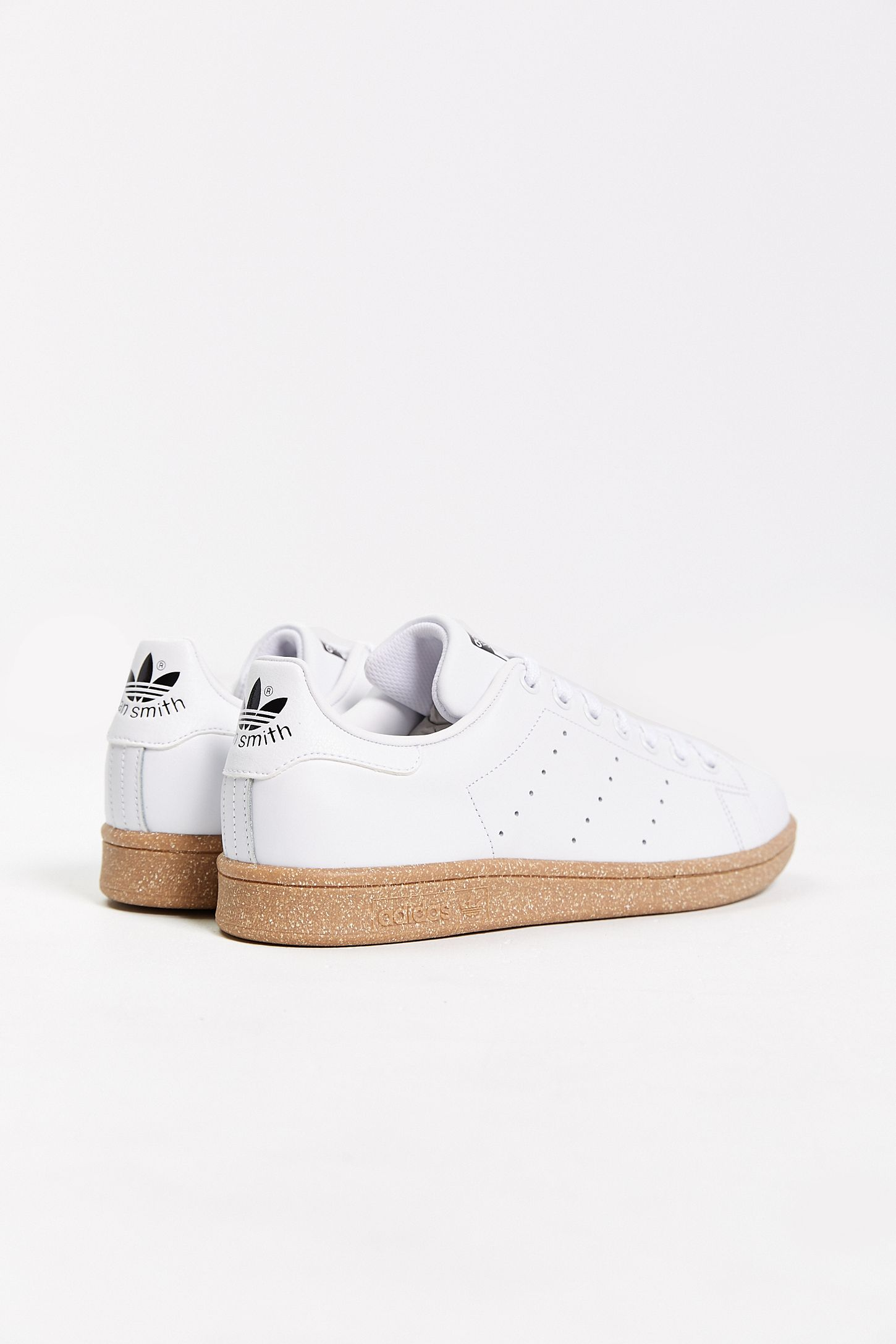 1fbbf8236d0bbc Slide View  6  adidas Originals Stan Smith Gumsole Sneaker