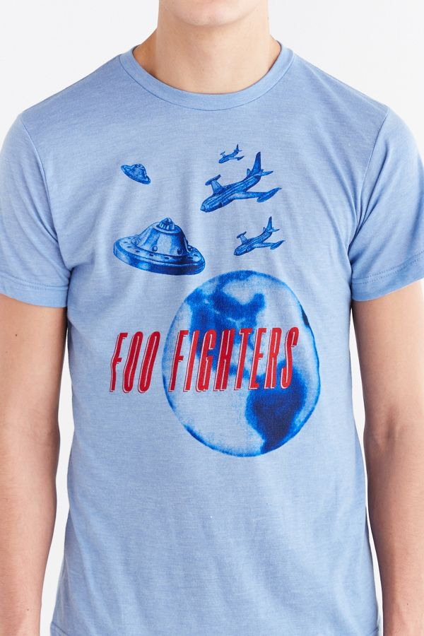 0f633c6425c3 Foo Fighters UFO Tee | Urban Outfitters