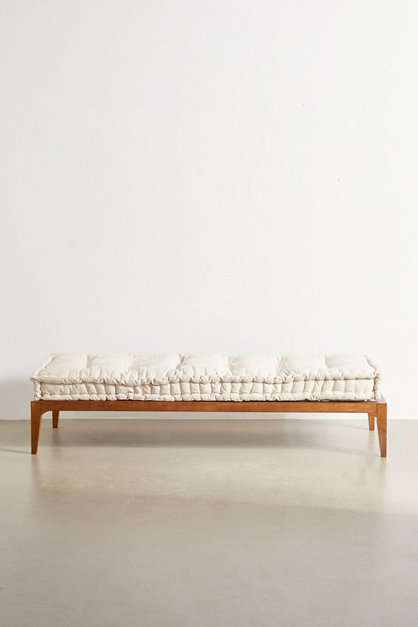 Hopper Daybed Urban Outfitters