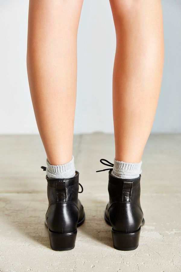 c6763a66827 Frye Carson Lace-Up Boot | Urban Outfitters